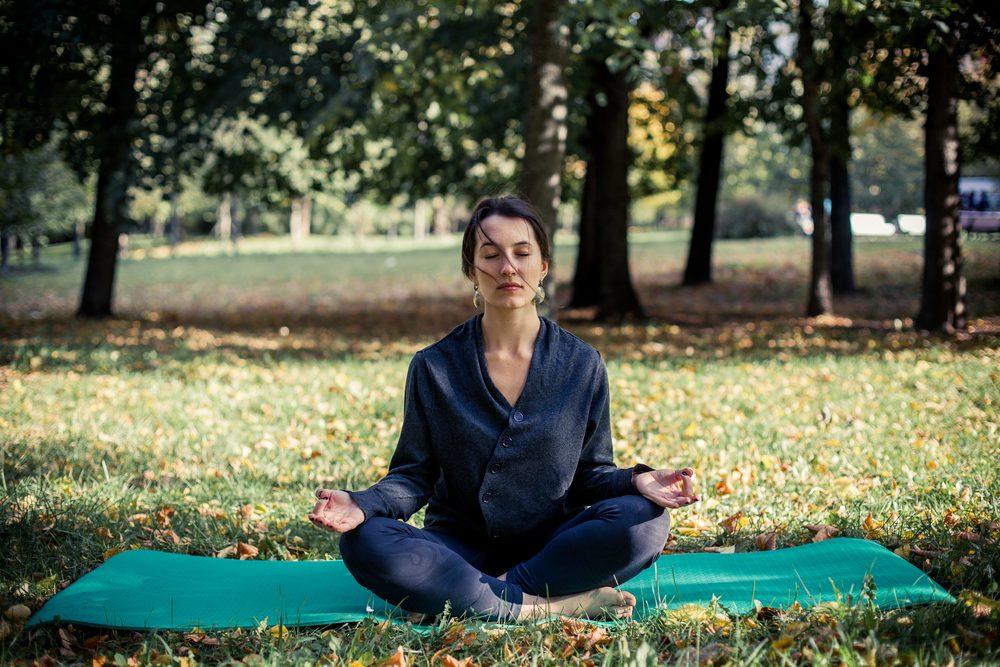 2. Faire du yoga sur la colline Parlementaire