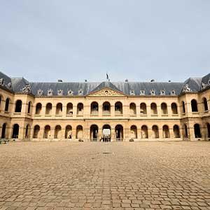 10. L'Hôtel des Invalides: l'un des meilleurs attraits touristiques de Paris