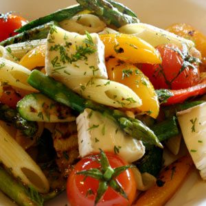6. Garnissez votre assiette de fruits ou de légumes à chaque repas