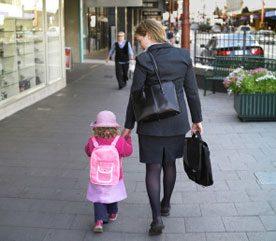 2. Accompagnez les enfants à pied à l'école