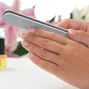 3. Une lime à ongles de secours