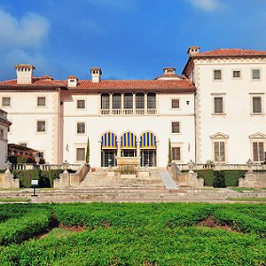 3. Le Vizcaya Museum and Gardens