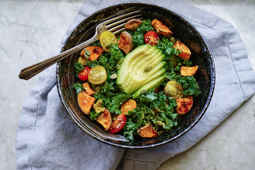 Choisir le kale: une excellente façon de se nourrir d'un légume vert