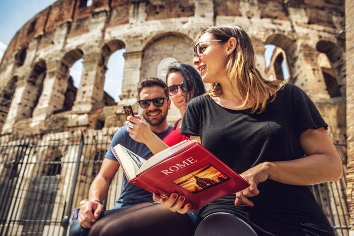 6. Des livres de voyage empruntés