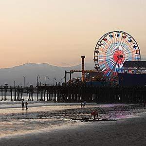 2. La plage de Santa Monica, Californie