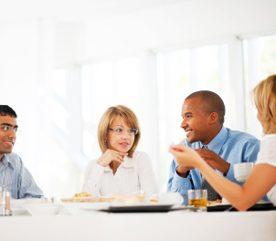 3. Créez un «pool dîner» au travail.