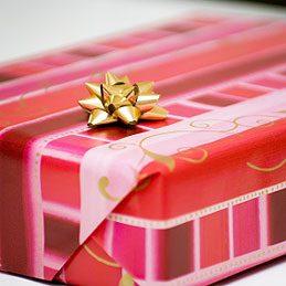 Papier d'emballage pour petits cadeaux