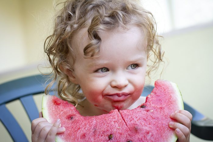 8) Adoptez une alimentation hydratante