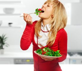 2. Manger trop le soir fait grossir