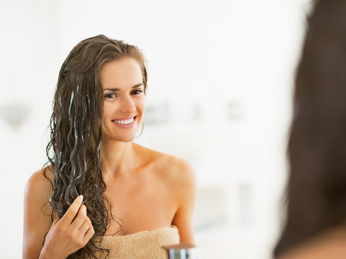 Le sel d'epsom peut être utiliser dans un masque pour cheveux.
