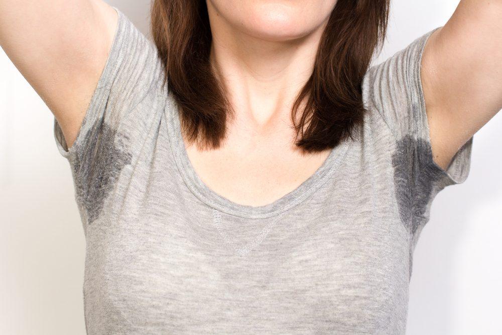 3. Faites disparaître la transpiration pour éliminer les odeurs corporelles