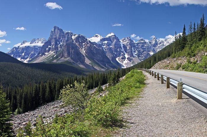 Un des meilleurs road trips au Canada se situe de Calgary au Lac Louise, en Alberta