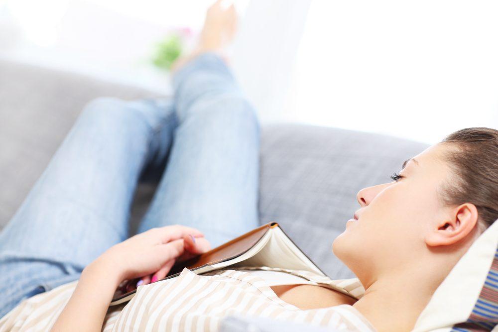 Les meilleurs trucs pour des siestes réparatrices: respecter votre horloge biologique.
