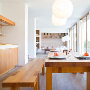 4. Nettoyez des meubles en bois
