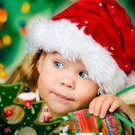Confiez la déco de Noël à vos enfants