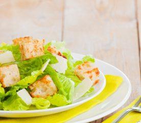 7. Salade césar nouvelle pour renouveler les classiques de pique-nique