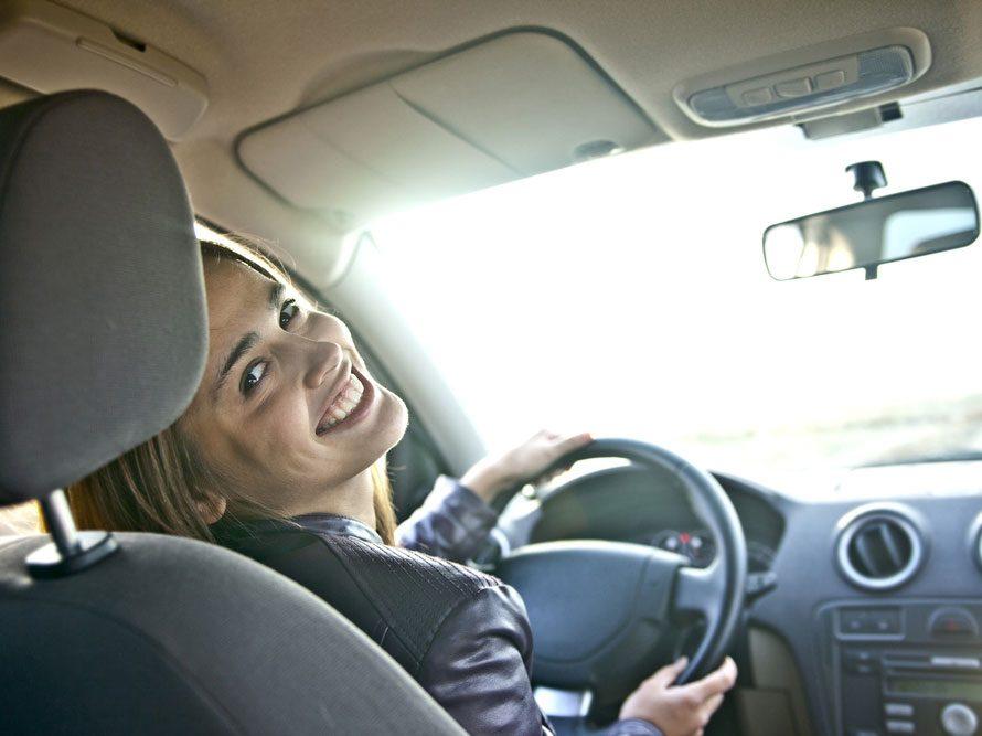 Retrouvez l'odeur du neuf dans votre voiture
