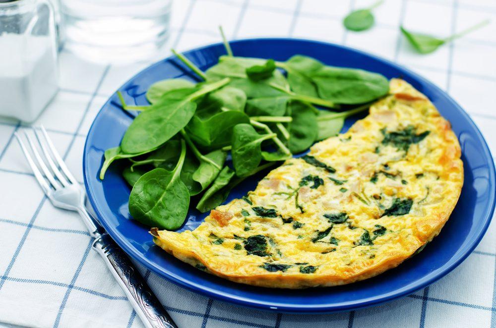 Déjeuner efficace pour maigrir: Une omelette au cresson.