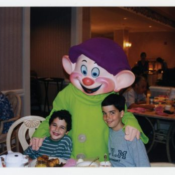 Autisme: le petit garçon au pays imaginaire