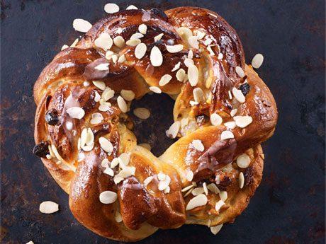 La meilleure recette de pain en couronne de Noël