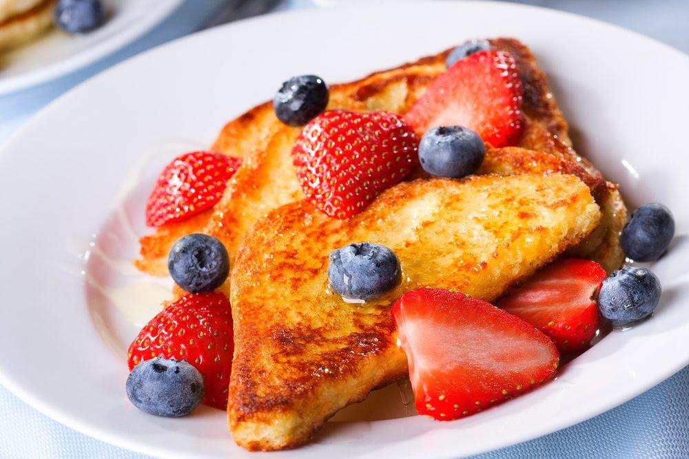 Déjeuner efficace pour maigrir: Pain doré.