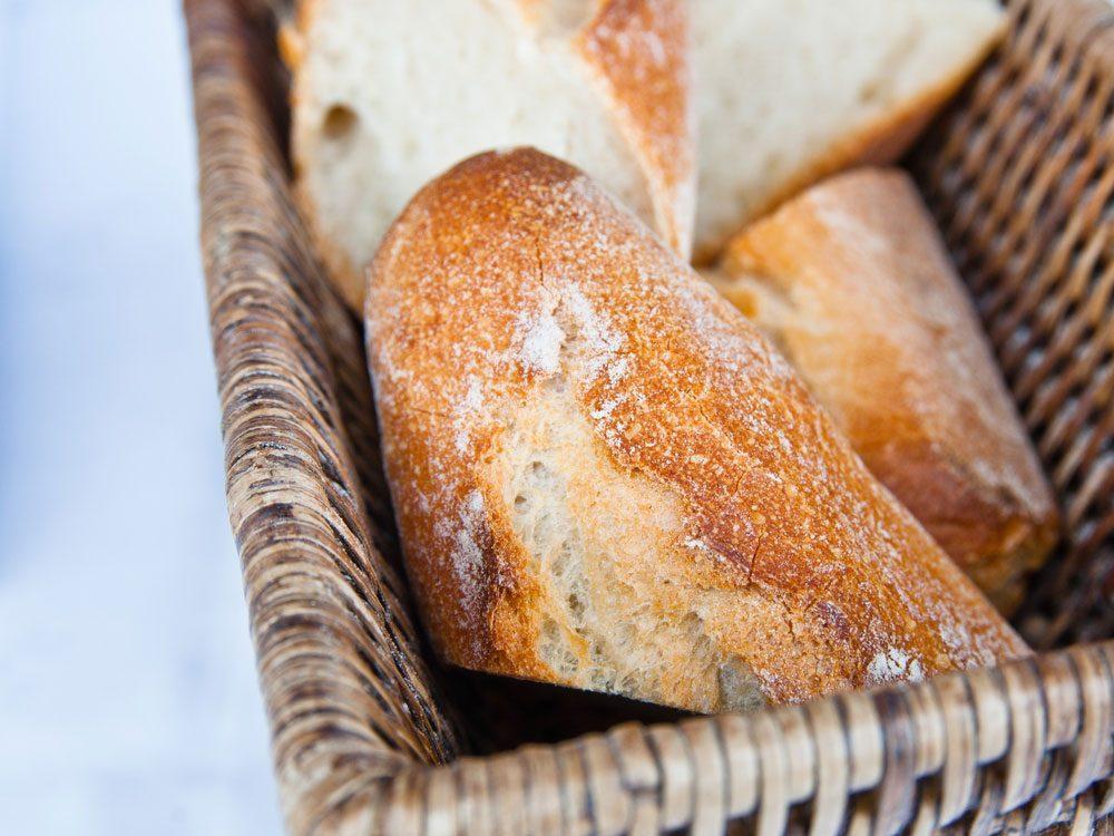 Recyclez votre vieux pain sec