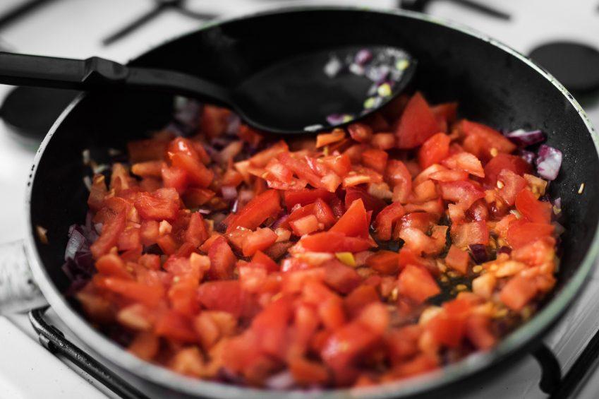 Des ustensiles de cuisine antiadhésifs cancérigènes