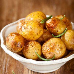 1. Pommes de terre à l'ail et au yogourt