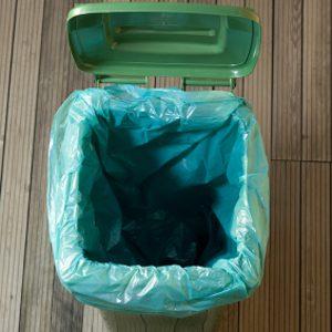 3. Nettoyez vos poubelles