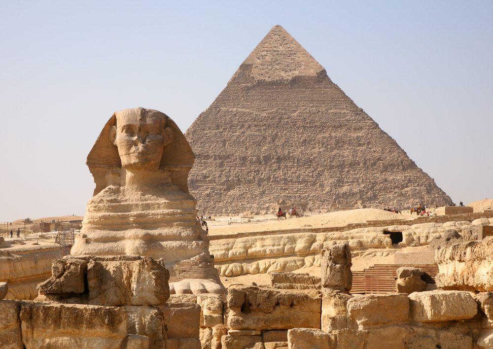 4. Les grandes pyramides d'Égypte