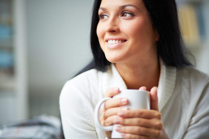 Quoi manger et boire pour avoir plus d'énergie? Du café, en petites gorgées.