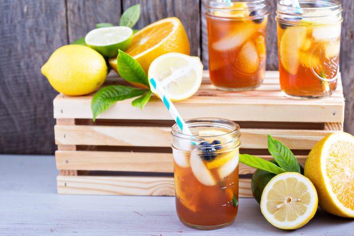 5. La meilleure recette d'eau parfumée aux arômes naturels de bleuet, pêche, citron et menthe