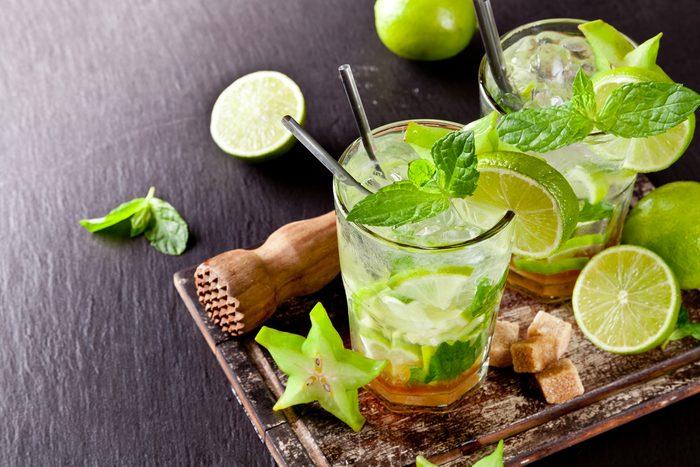 Un délicieux cocktail pour l'été: le Mojito Sortilège