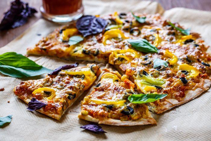 Une recette santé de pizza extra-légumes