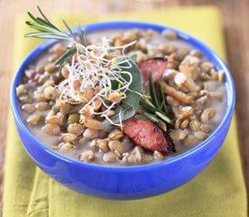 9. Un bon repas froid pour pique-nique, la salade de lentilles avec saucisses italienne maison