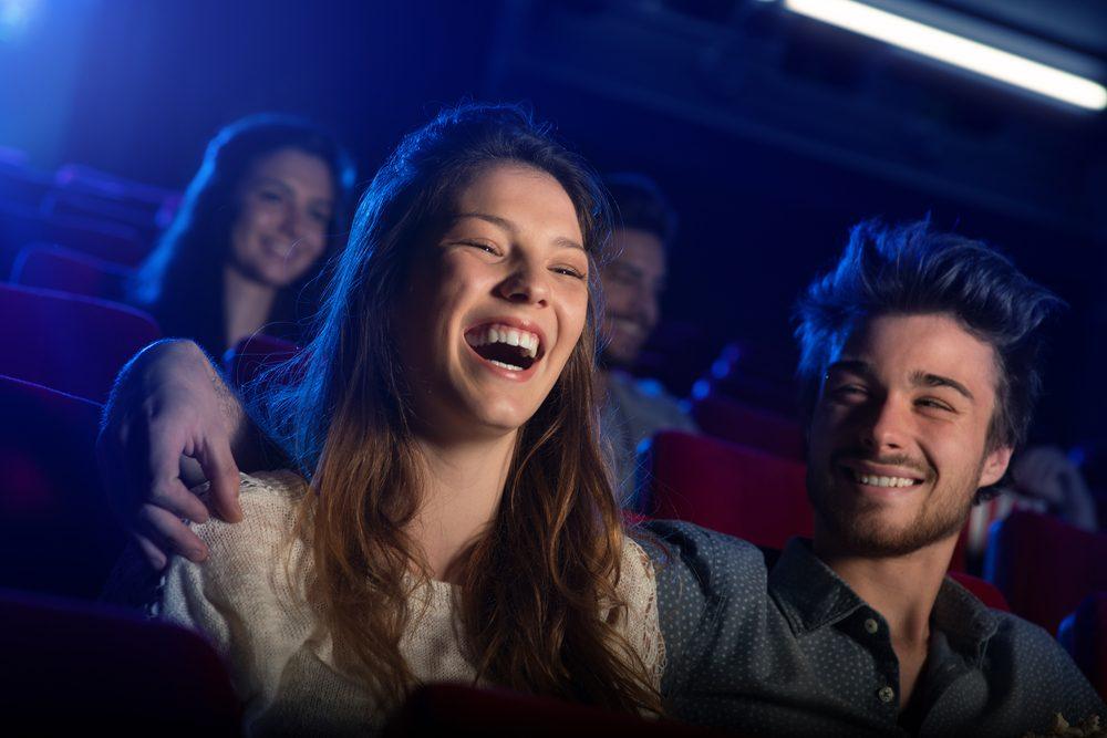 Gestion du stress: regardez une comédie pour gérer votre anxiété et diminuer votre stress.