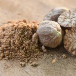 14 remèdes maison se trouvant dans votre étagère à épices