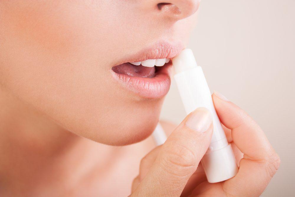 Les remèdes maisons pour soigner les lèvres sèches.