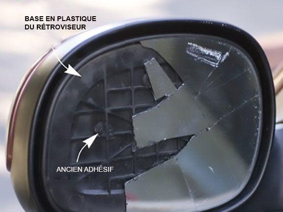 Préparer le miroir brisé du rétroviseur