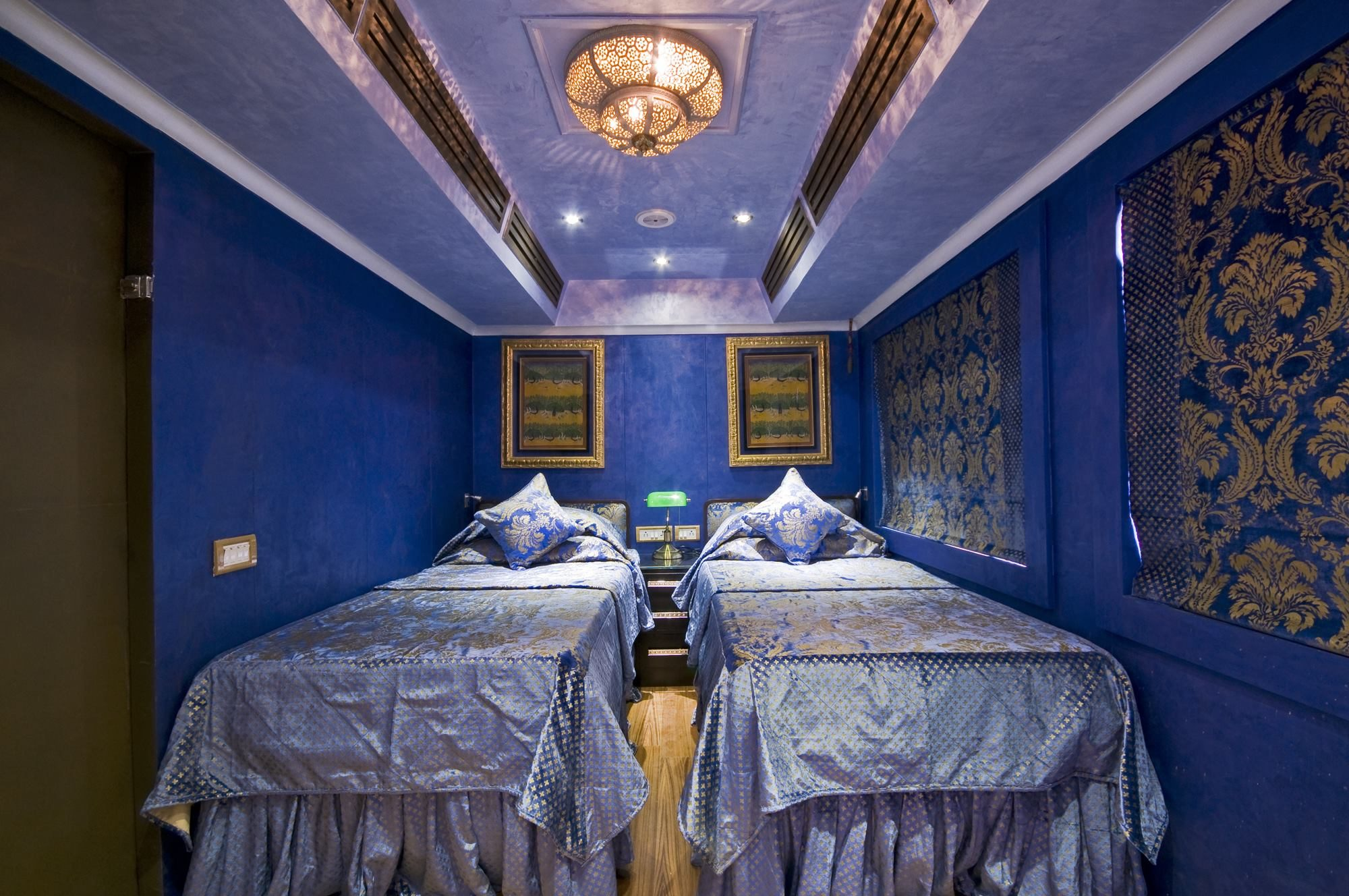 7. Le Royal Rajasthan on Wheels