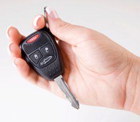 3. La nuit, gardez les clés de votre voiture près de votre lit.