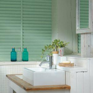 1. Ajoutez de la verdure avec des plantes de salle de bains
