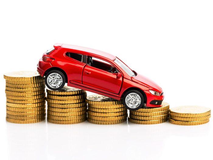 Conduire plus lentement pour faire des économies