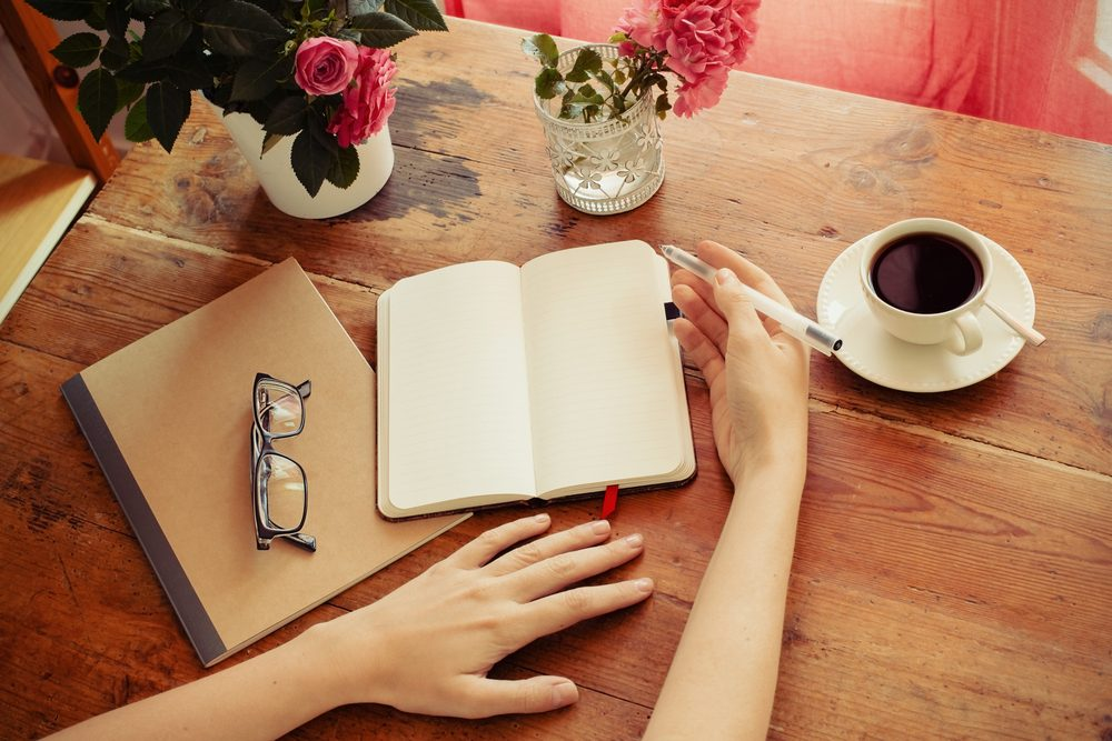 Tenir un journal pour mieux comprendre les sources de stress et d'anxiété