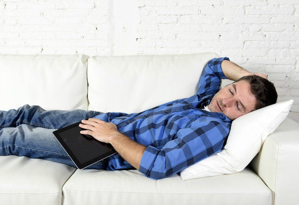 Gestion du stress: faire une sieste pour faire le ménage dans vos idées et prendre du recul.