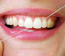 Utilisez-vous bien la soie dentaire ?