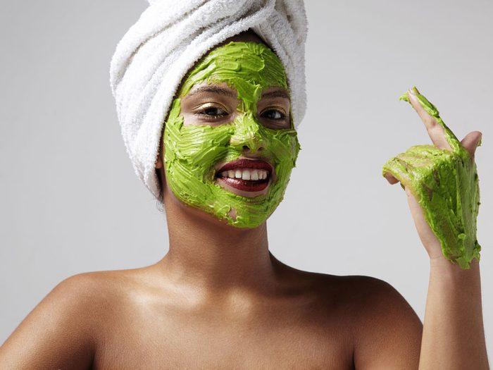 Si vous avez répondu surtout B, votre style de soins de la peau est... créatif