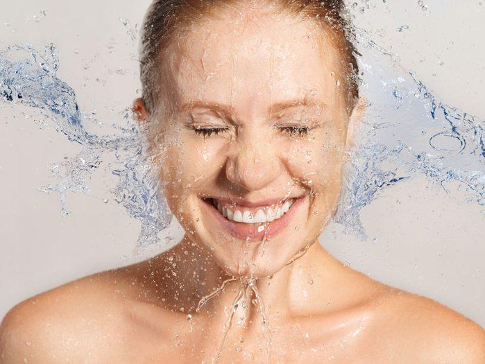 Si vous avez répondu surtout C, votre style de soins de la peau est... désinvolte