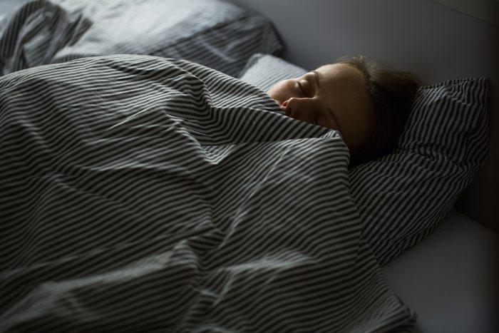Dormir permet de refaire le plein d'énergie.