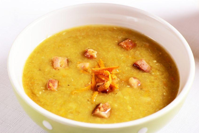 Un met canadien traditionnel à tenter: la soupe aux pois